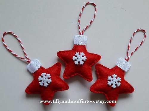 Adornos de fieltro con forma de estrella y botón de copo de nieve