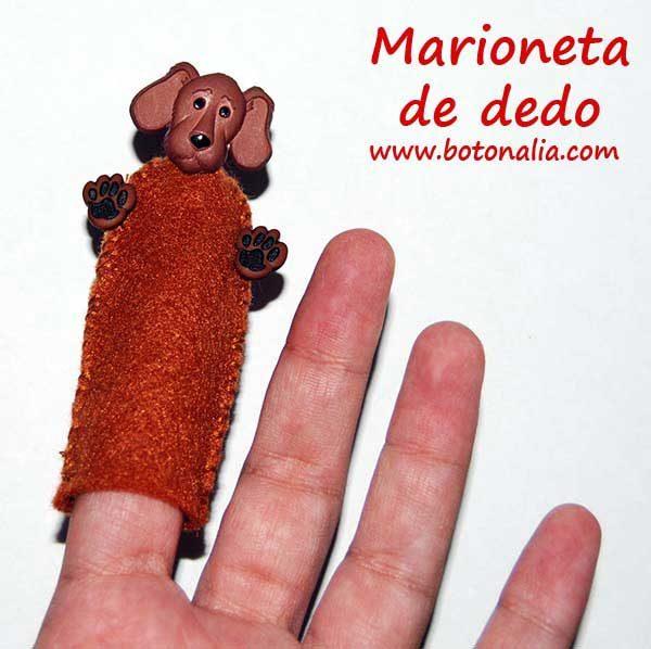 Marioneta de dedo con fieltro y botón original