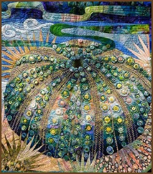 Quilt artístico que representa un coral marino con botones
