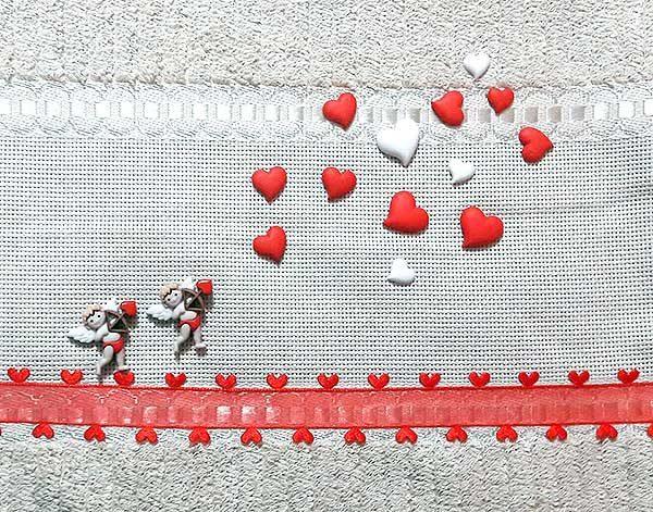 Decoración para toalla con tema de San Valentín