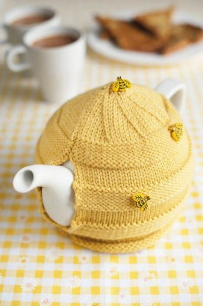 Patrón para realizar cubre teteras con tema de abejas