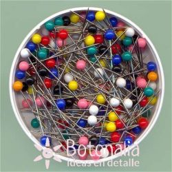 Pins with colored head