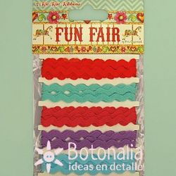 Zig-zag ribbons - Fun Fair