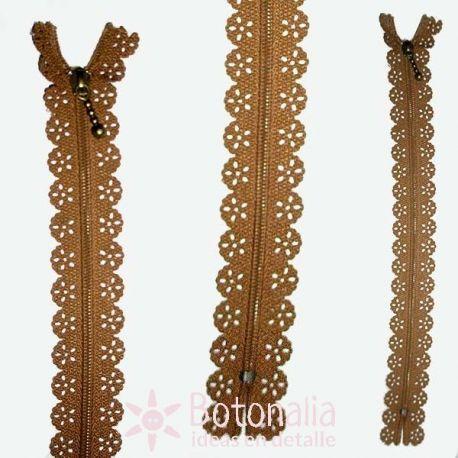 Novelty zipper 22 cm - Beige