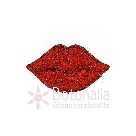 Labios rojos 20 mm