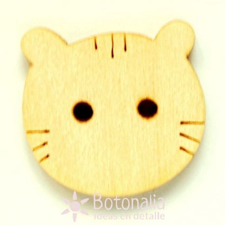 Simplified cat head in wood