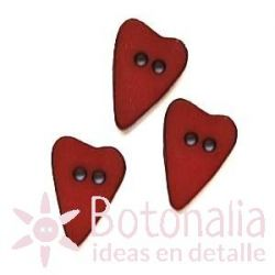 Long-shaped heart red 15 mm