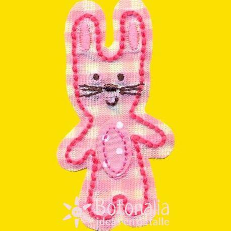 Conejo en vichy rosa
