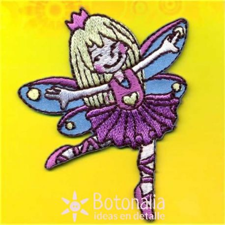 Little fairy (blonde) dancing.