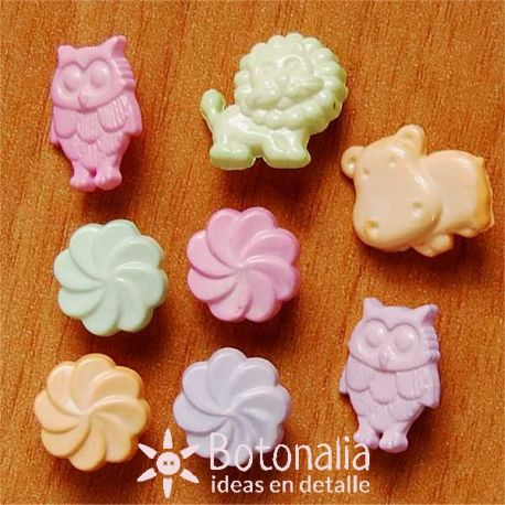 Little animals in pastel colors.