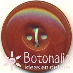 Classic round button with an elliptical interior - in a reddish brown color
