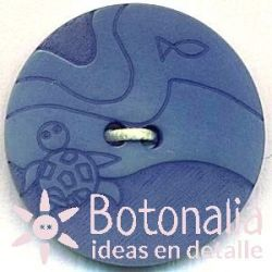 Classic round button with a carved nautical design with blue details 20 mm