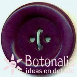 Classic round button in purple