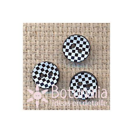 Classic round button tartan 11 mm