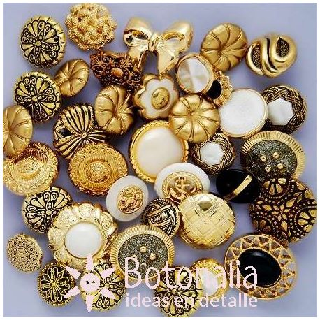 Button assortment in a can - Antique Mix