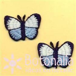 Mariposas en blanco y azul