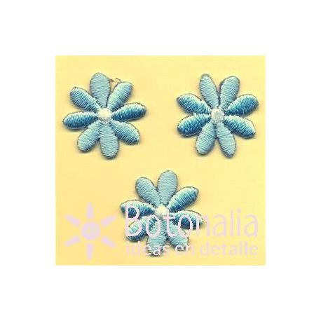 Daisies in light blue