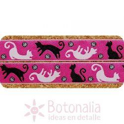 Ribbon Playful Cats on Pink