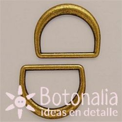Loops in D old gold 30 mm