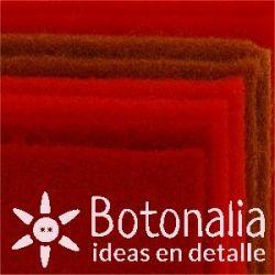 8 Felt sheets DINA4 - Red colors